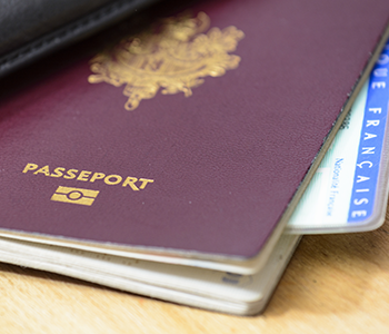 Passeport et carte nationale d'identité