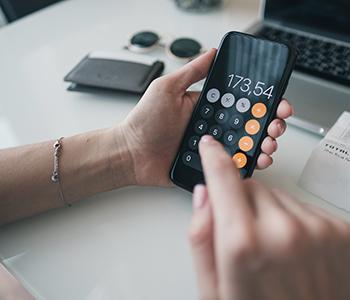 Servez vous de la calculatrice scientifique de votre Iphone