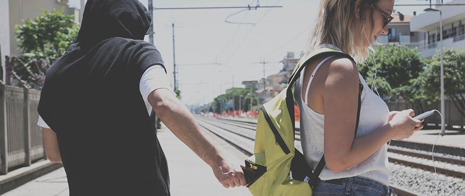 La À Éviter PickpocketsConseils Bons Gestes Pour Les Anti Vol 6gY7fybv